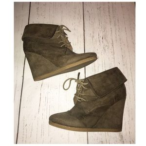 Mossimo Lace Up Wedge Booties